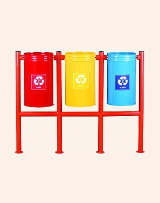 Y.A.14572 - Trash Cans